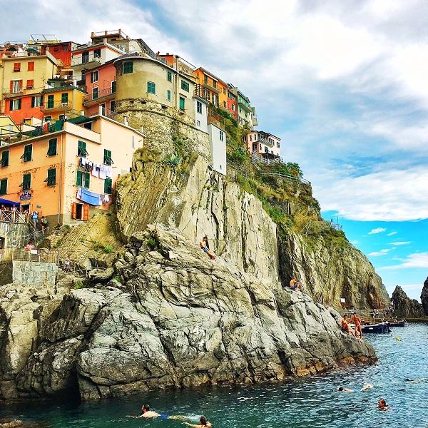 @kellycreates #cinqueterre #riomaggiore #italy #italia