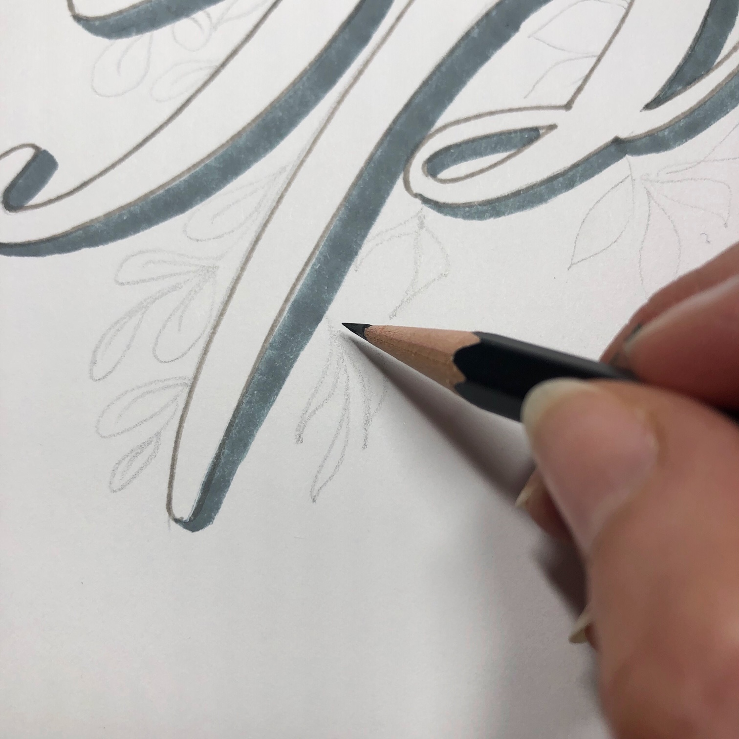 Beautiful leafy Spring hand lettering calligraphy tutorial with green leaves and faux calligraphy www.kellycreates.ca