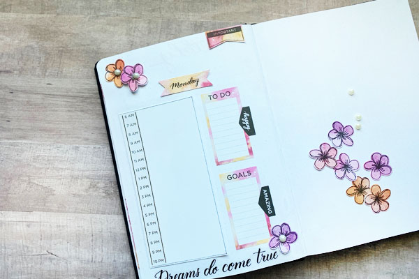 Planning with stamps and stickers in your journal www.kellycreates.ca