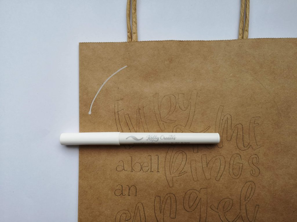 Cool hand lettered gift bag tutorial www.kellycreates.ca